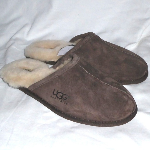 fcaa20d9ef4 NIB UGG Men's Scuff 5776 Sheepskin Slippers NWT